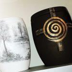 Särge und Urnen in großer Auswahl